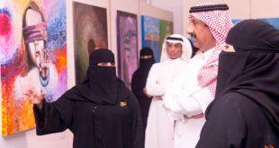 """معرض ARABRCRC  """"إنسانية فنان""""بموسم الرياض يعكس معاناة اللاجئين"""