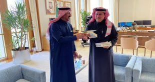 التويجري يلتقي معالي الدكتور أحمد الخليفي محافظ البنك المركزي السعودي