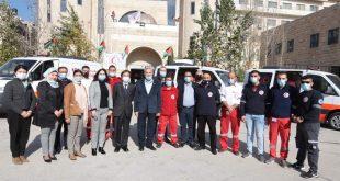 الأمين العام دكتور صالح التويجري  يشرف على مراسم تسلم الهلال الأحمر الفلسطيني ستة سيارات إسعاف مجهزة
