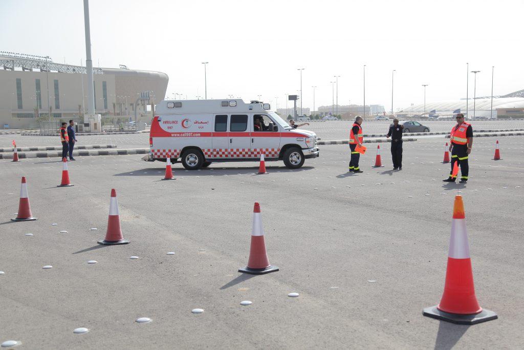 الهلال الأحمر السعودي يقيم دورة الايفوك لأول مرة لقيادة سيارات الإسعاف بشكل آمن معكم